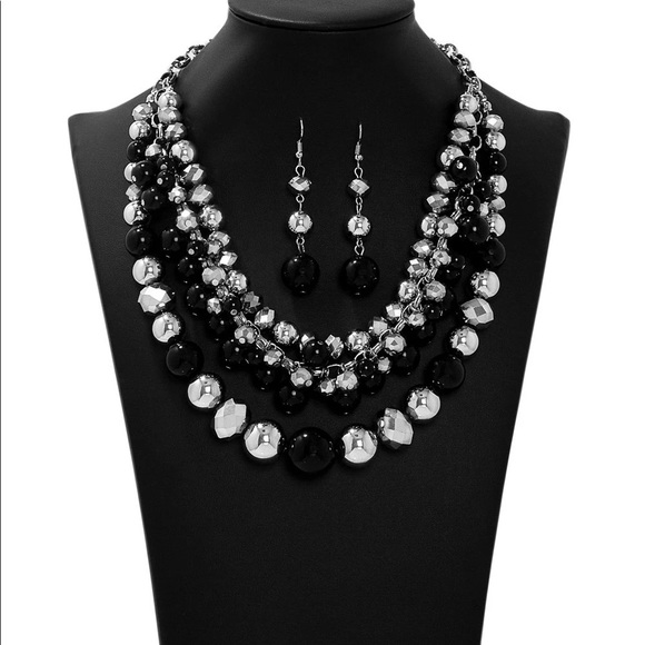 Paparazzi Zi collection fame necklace and earring set